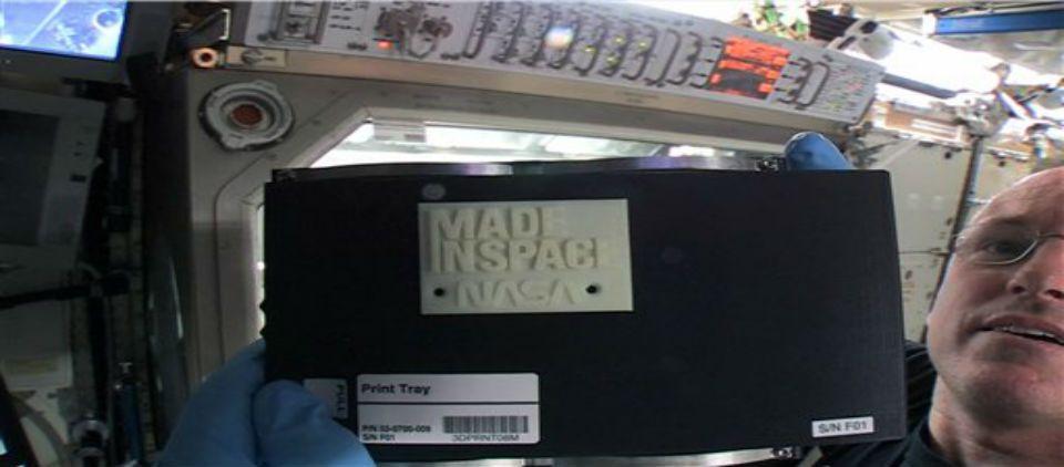 Realizan primera impresión 3D desde el espacio - Foto de AP