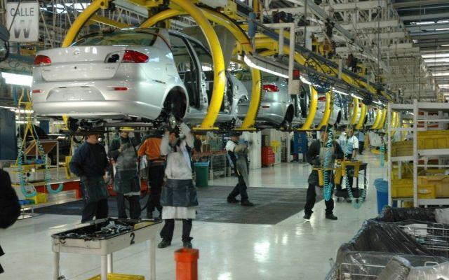 Industria automotriz reporta crecimiento del 5 por ciento - Foto de internet