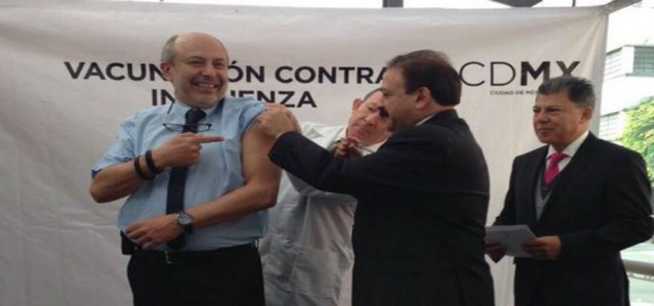 Aplican vacuna contra la Influenza en 20 estaciones del Metrobús - Foto de @MetrobusCDMX