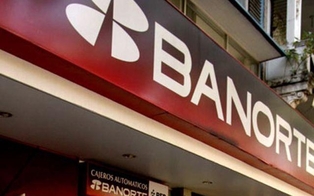 Grupo Banorte niega fusión con Interacciones - foto de archivo