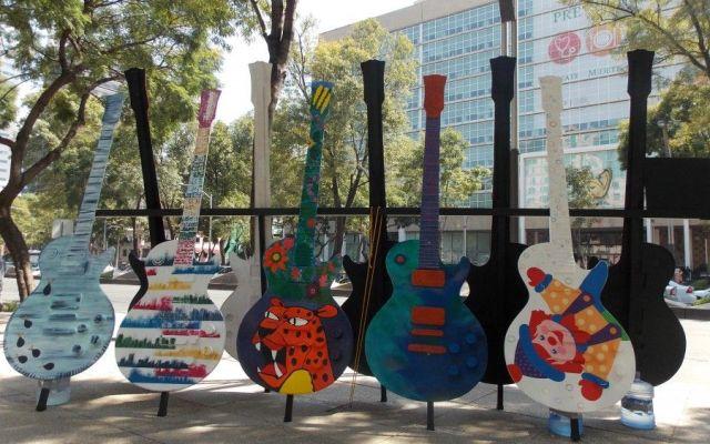 Exposición Guitar Town llega al Reclusorio Oriente - Foto de gritaradio.com