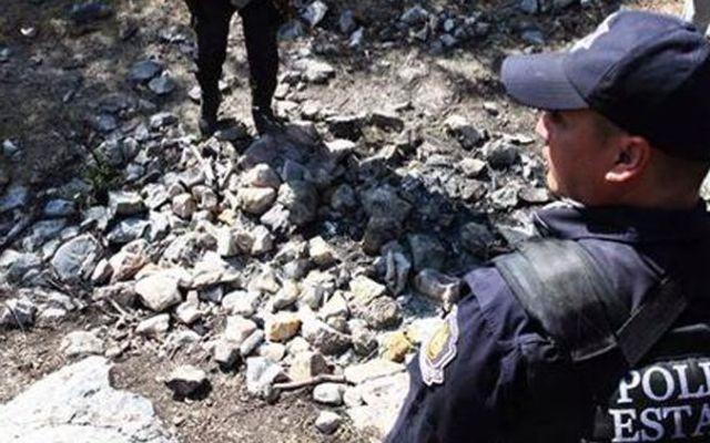 Encuentran hoguera con osamentas cerca de Cocula - Foto de Twitter