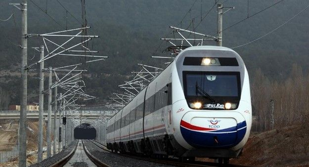 Crean comisión para investigar caso del Tren México-Querétaro - Foto de NewsCN