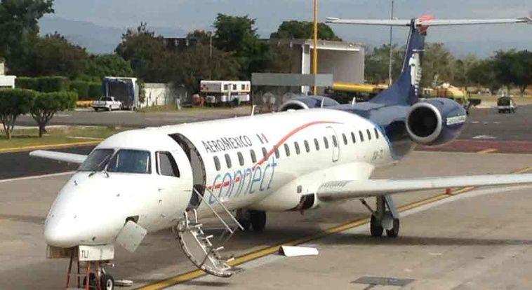 Reportan humo en avión de Aeroméxico - Avión de México Connect