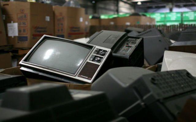 México es el tercer país que genera más basura electrónica por ciudadano - Televisiones analógicas