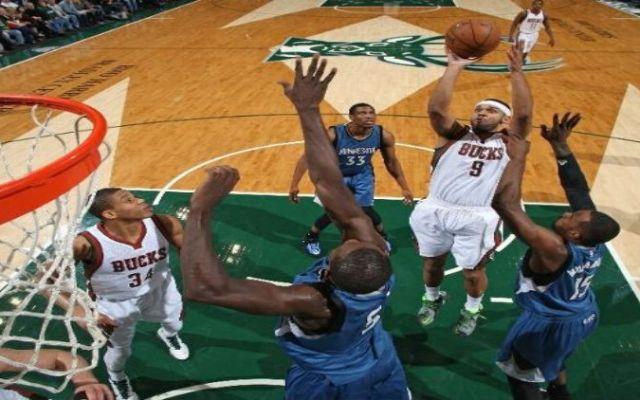 Bucks alarga a 14 mala racha de Timberwolves - Foto de ESPN