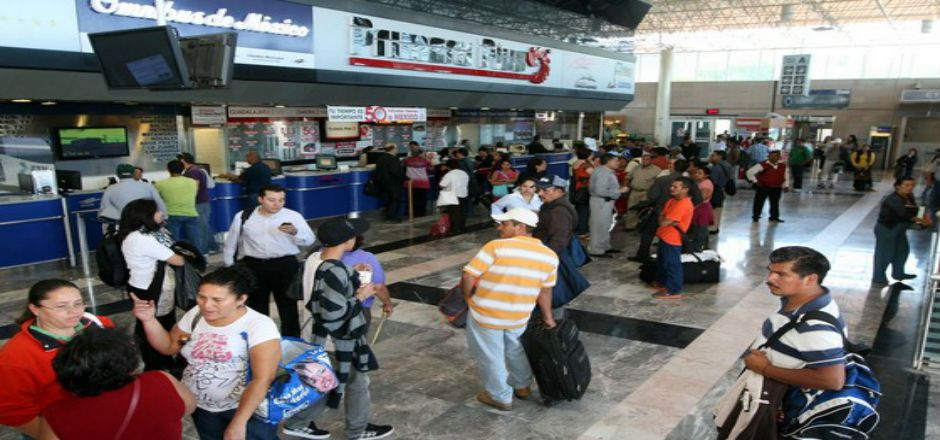 Cancelan corridas de autobuses hacia Arteaga - Central camionera