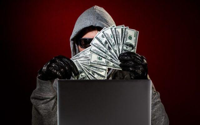 Los fraudes más comunes en internet - Hackers roban mil mdd a bancos