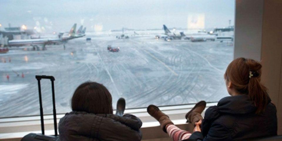 Más de mil vuelos cancelados por nevada en EEUU - Más de mil vuelos cancelados por nevada en EEUU