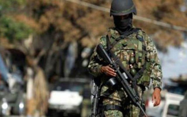 Cae presunto hermano del líder de Los Rojos - Foto de Quadratín
