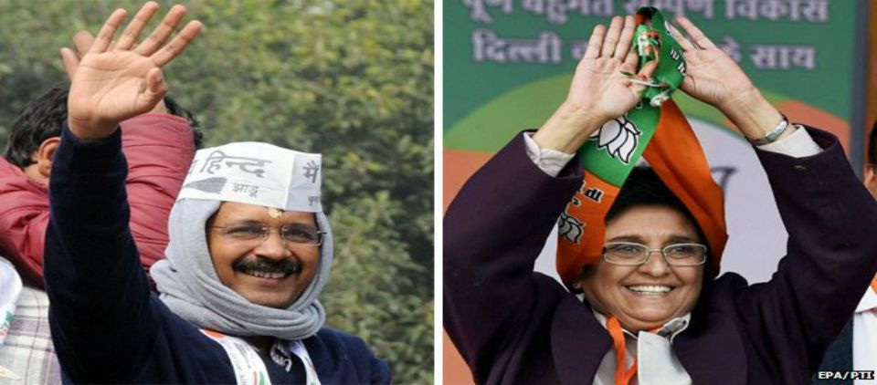 Elecciones son una prueba para primer ministro indio - Arvind Kejriwal y Kiran Bedi_bbc
