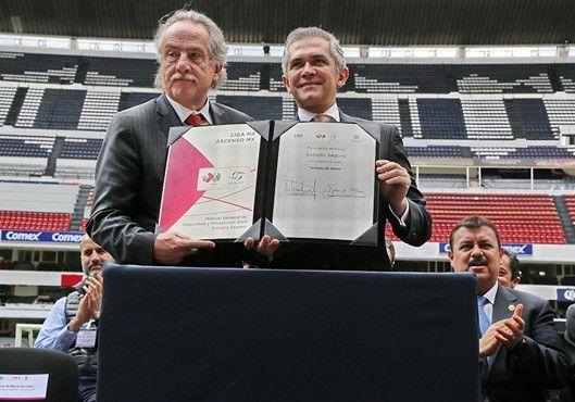 SSPDF presentó Manual de Seguridad Estadio Seguro - presentación manual estadio seguro
