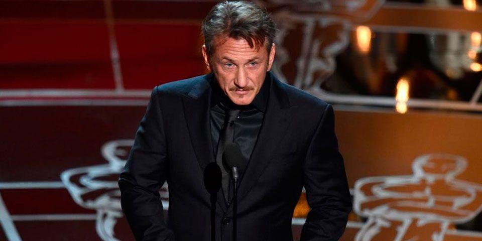 Sean Penn no se disculpa por comentarios en los Óscares - Sean Penn no se disculpa por comentarios en los Óscares