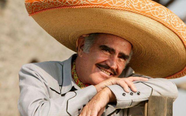 Hillary Clinton conmovida por el apoyo de Vicente Fernández - Vicente Fernández