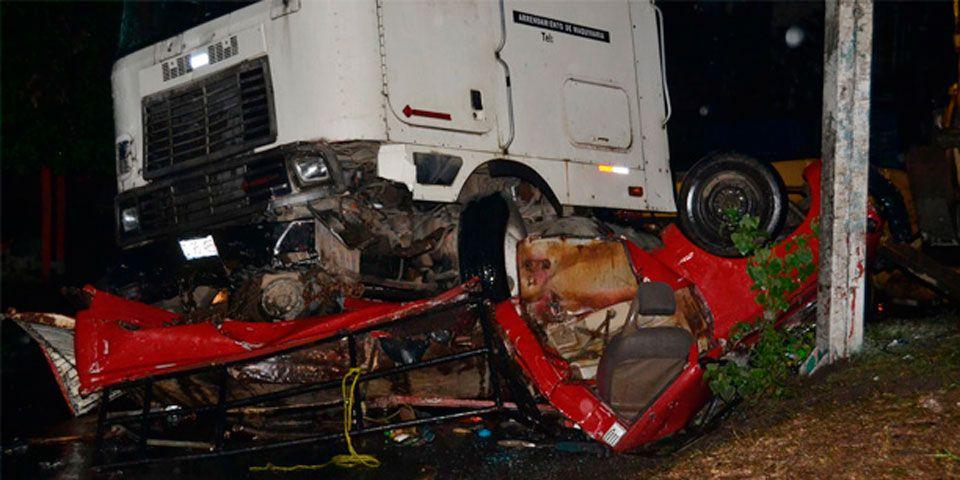 Mueren 16 por accidente en El Salvador - Foto de Diario El Mundo