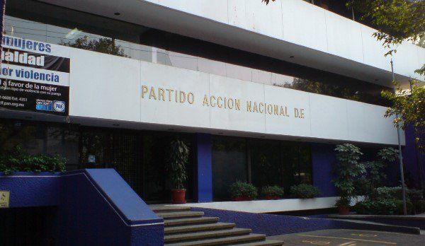 PAN discriminó a candidato de 70 años - PAN del DF