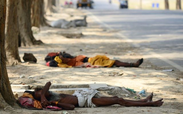 Ola de calor deja casi 700 muertos en Pakistán