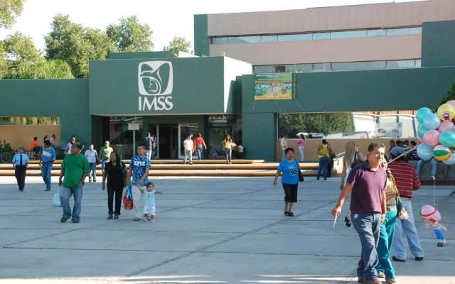 IMSS elimina constancia de baja para el retiro por desempleo - Foto de IMSS