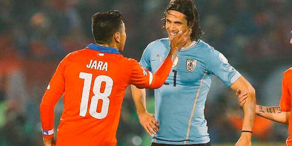 Gonzalo Jara fuera de Copa América por agresión a Cavani - Foto de @sportiaok