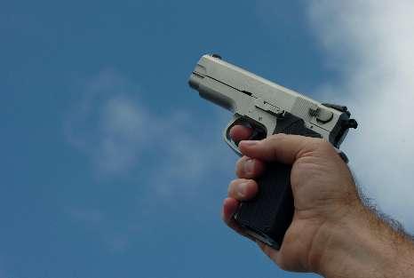 Joven asesina a su novia y se toma una selfie - Foto de stockarmas.com