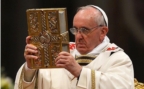 """Papa Francisco reconoce """"virtudes"""" de religiosos mexicanos"""