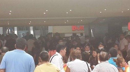 Suspenden Cinépolis de Plaza Satélite por fuga de gas - Foto de Internet