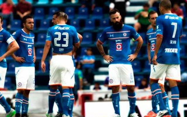 Cruz Azul se estrena con derrota ante Monarcas - Foto de Mexsport
