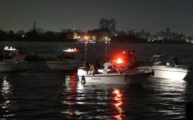 Choque de carguero y barco turístico en el Nilo deja 19 muertos