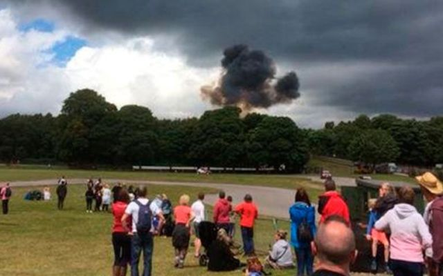 Muere piloto tras accidente aéreo en festival - Foto de @roylsmith
