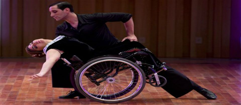Video: bailarina en silla de ruedas se presenta en el Mundial de Tango - Foto de AP