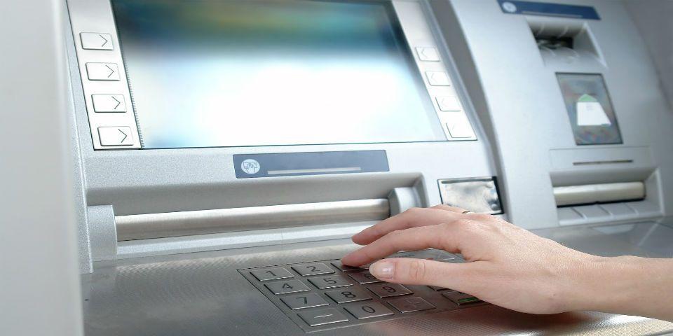 Aumenta el robo en cajeros automáticos - Foto de arturomaximiliano.com.