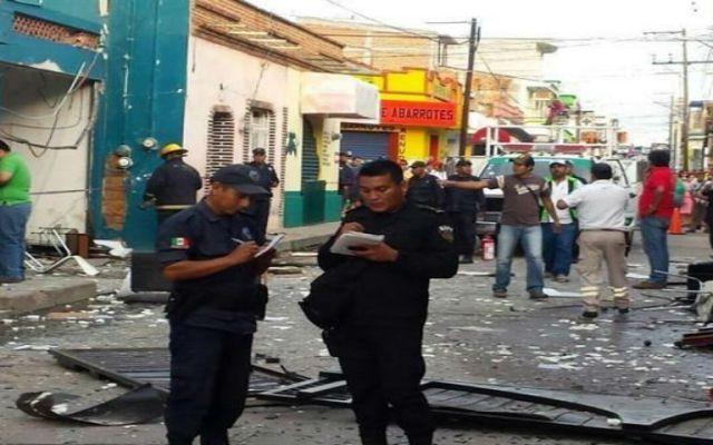 Explota tanque de gas en escuela de Chiapas - Foto de El Norte.