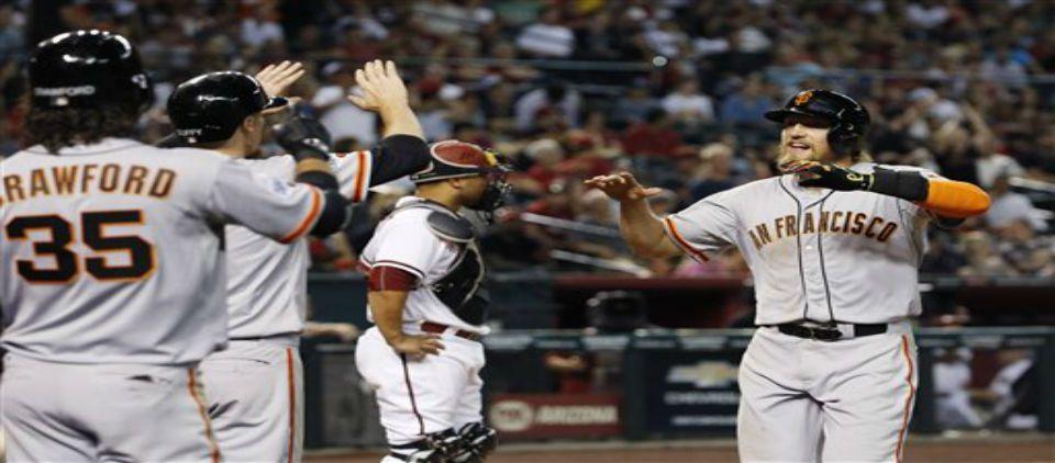 Todos los locales ganaron en MLB - Foto de AP