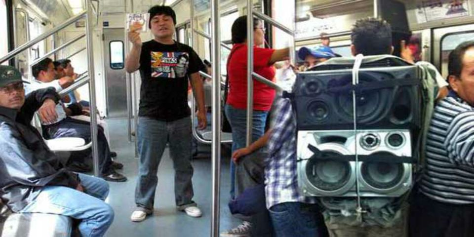 Detienen a 97 vagoneros del Metro - Foto de Internet