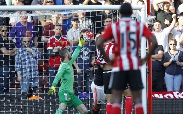El ManU recupera nivel en la liga Inglesa - A una mano de Gea ataja un remate del Southampton - Foto de Internet