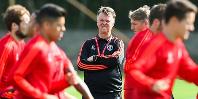 Jugadores del Manchester United, molestos con van Gaal - Foto de REX