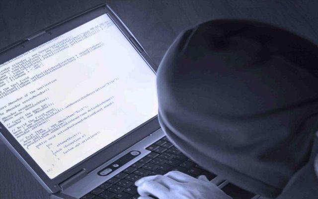 Adolescente hackeó correos de directores de la CIA y DHS - Foto de archivo