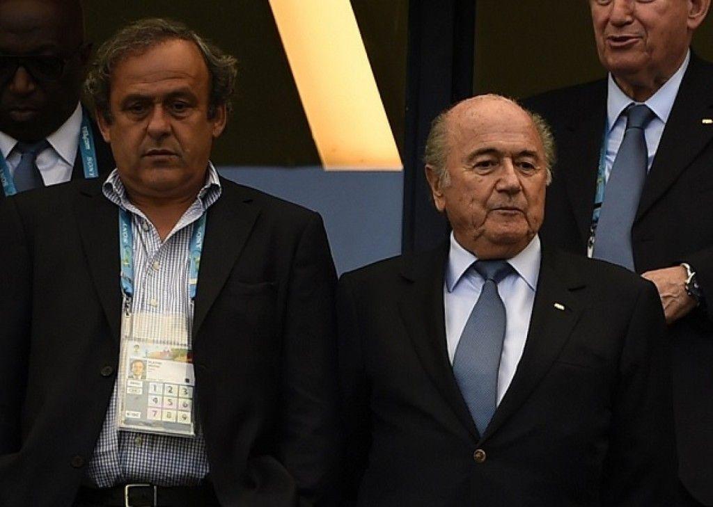 Michel Platini y Joseph Blatter. Foto de Reuters