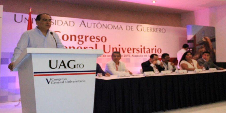 Astudillo impulsará educación en Guerrero - Foto de Medios Informativos