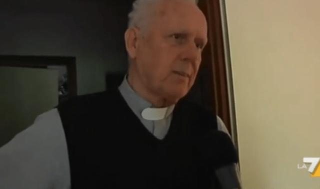 Sancionan a sacerdote que culpó a niños de pedofilia