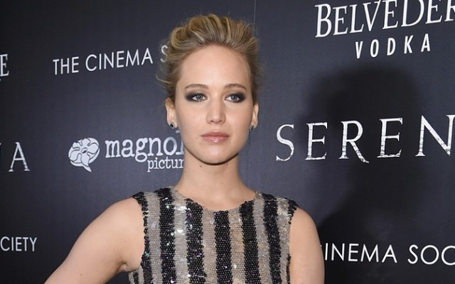 Jennifer Lawrence protesta contra pagos desiguales en Hollywood - Foto de The Guardian