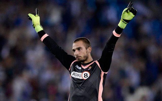 Portero del Espanyol cierra cuenta de Twitter por insultos - Foto de AFP