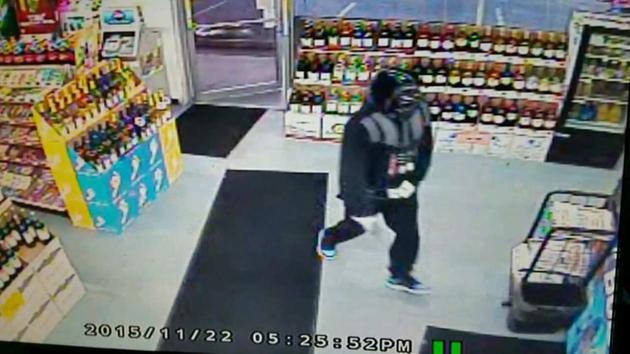 Arrestan a Darth Vader por intentar asaltar una tienda