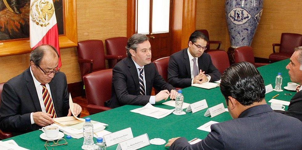 Revisan estrategia para evaluaciones magisteriales en Oaxaca - Foto de SEP
