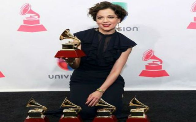 Natalia Lafourcade gana cinco premios Grammy Latino - Foto de Milenio