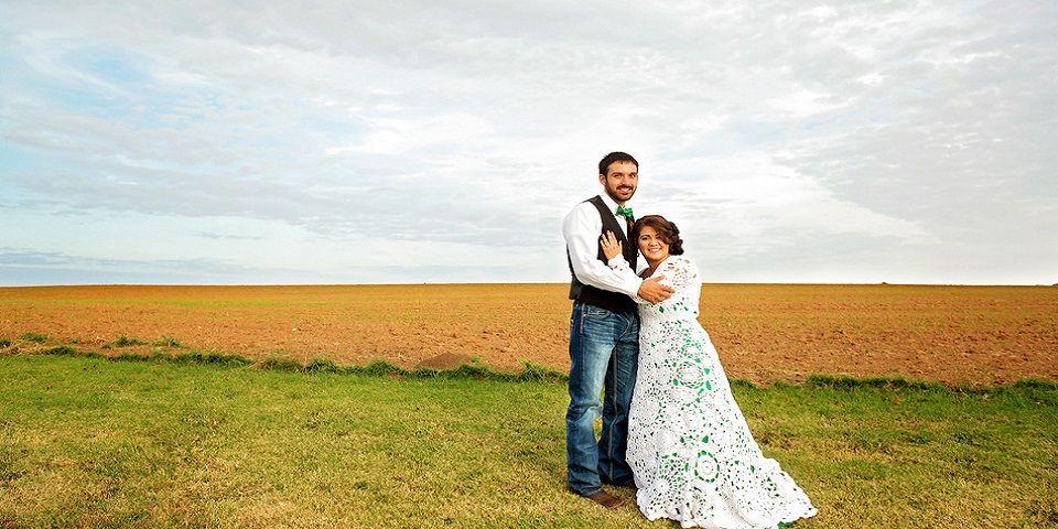 Mujer elaboró su propio vestido de novia con 70 dólares