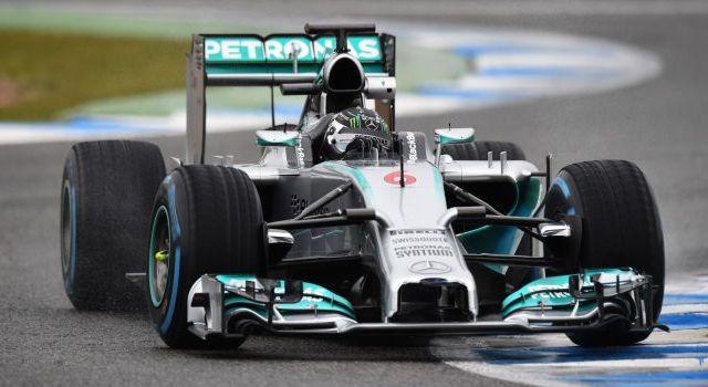 Nico Rosberg gana el Gran Premio de Brasil - Nico Rosberg en su monoplaza - Foto de auto-motor-und-sport.de
