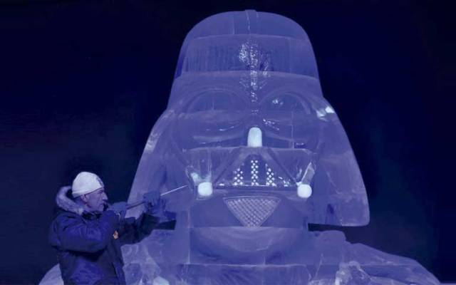 Representan en hielo a personajes de Star Wars - Foto de Reuters