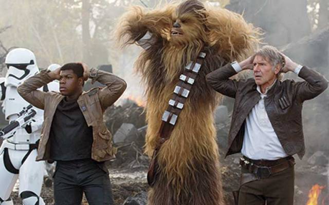Revelan nuevas imágenes de Star Wars: The Force Awakens - Foto de Entertainment Weekly