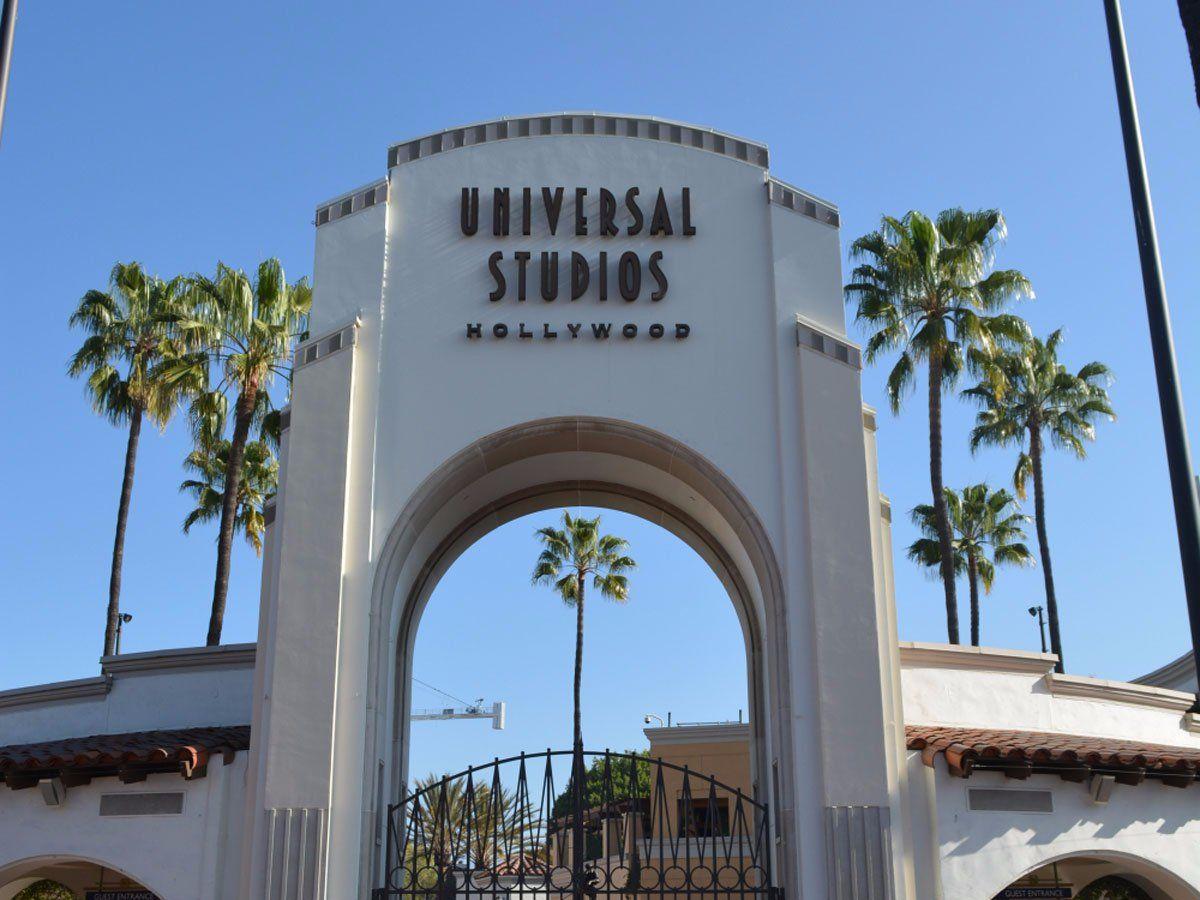 2-universal-studios-properties